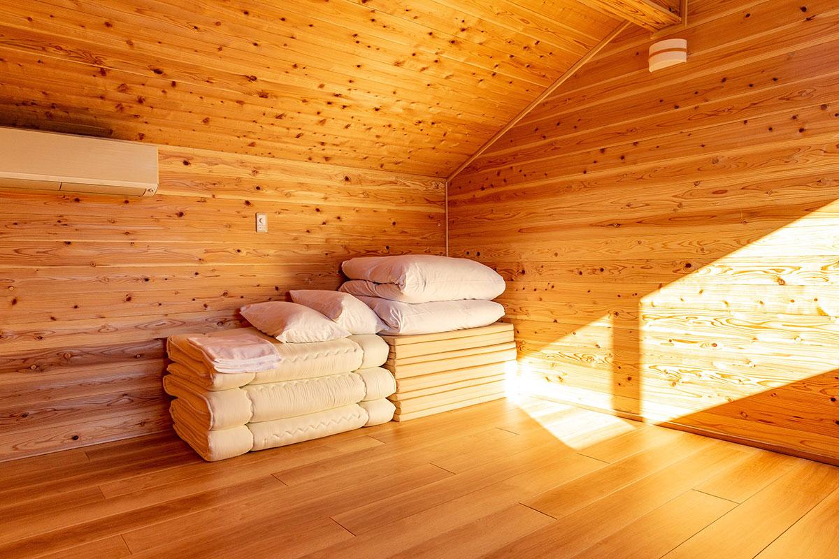 2階ロフト寝室